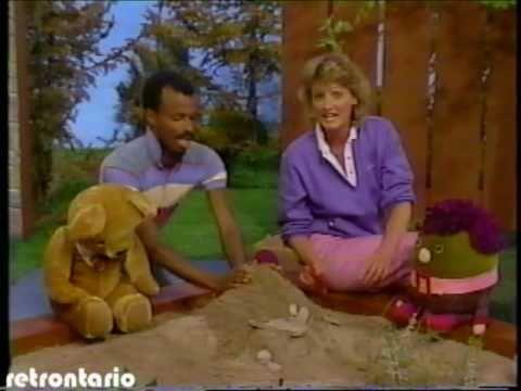 sc 1 st  YouTube & Polka Dot Door Denis Simpson 1983 - YouTube