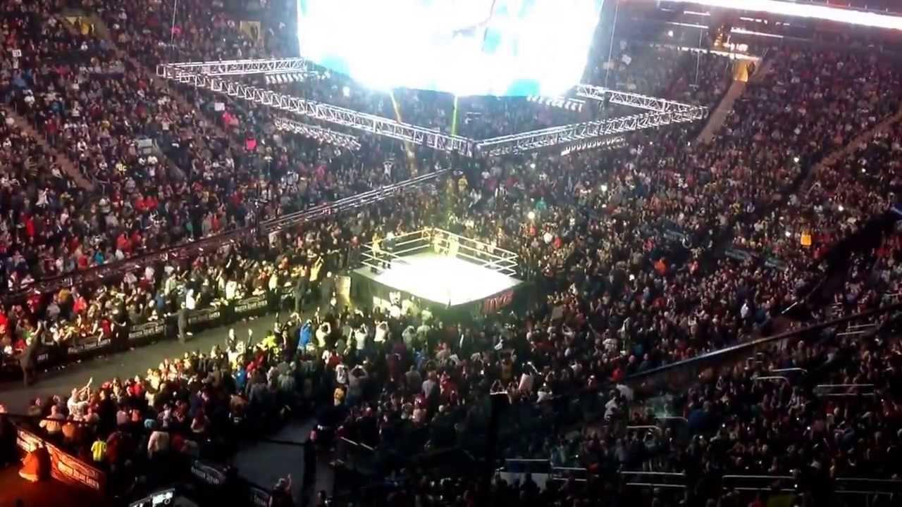 Wwe Live Msg 12 26 13 Cena Vs Orton Entrance Youtube