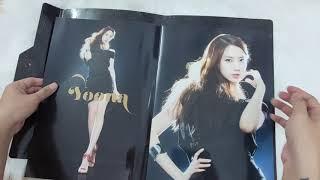 Unboxing Girls' Generation 소녀시대 - Brochure Girls' Ge…