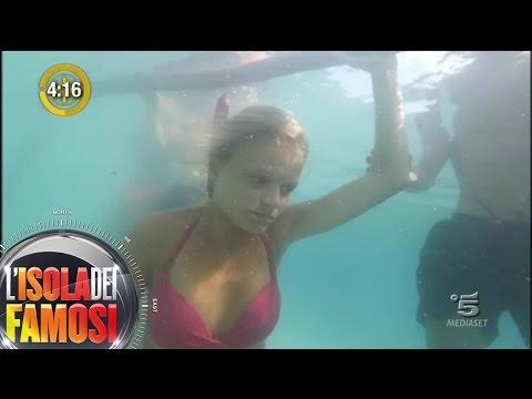 L'Isola dei Famosi - Mercedesz Henger sembra avere un malore durante la prova di apnea: è panico