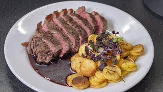 Праздничное блюдо из самых простых продуктов с обалденным соусом. Жареная картошка с мясом.