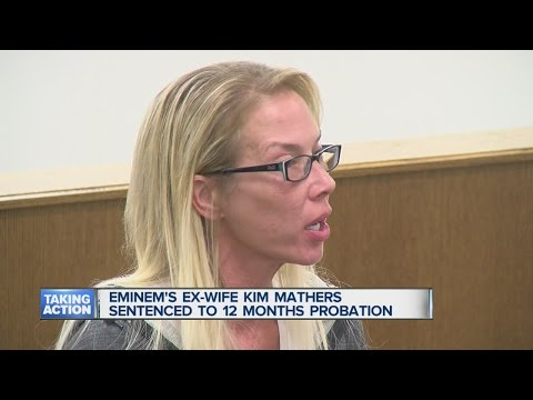 Kim Mathers sentenced to probation