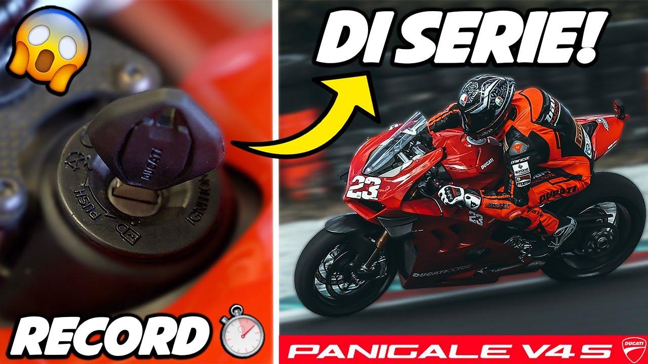 Ho DISTRUTTO il RECORD della pista con una MOTO DI SERIE! 😱 - DUCATI V4S 2021 EP.1