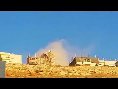 #عاجل فيديو المداهمة الأمنية في  في نقب الدبور بالسلط لعدد من الارهابيين