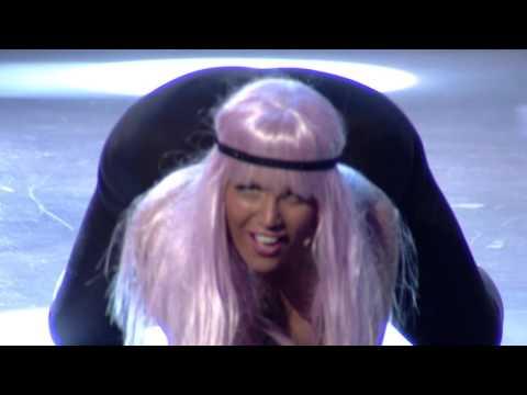 Your face sounds familiar Albania - Era Rusi si Nicki Minaj