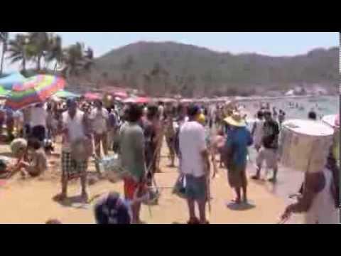 Video bungalows las gaviotas de rincon de guayabitos for Hotel villas corona los ayala