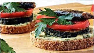 Бутерброд с кабачком и шпротами