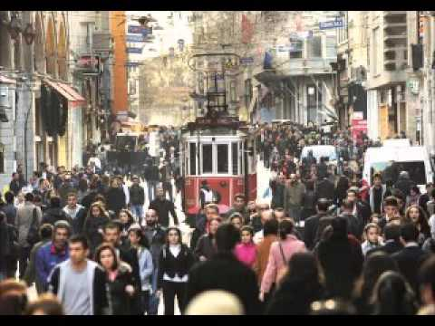 Istanbul, Antalya named in world's top shopping cities in Muslim Travel Shopping Index 2015
