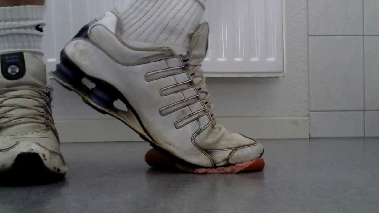 a3afd15ac8d5 My old trashed Shox crushing sausage - YouTube