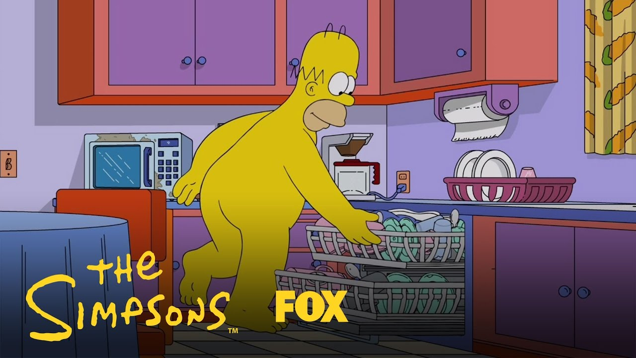 Homer enjoys the day in his birthday suit season 28 ep 2 the simpsons youtube - Marge simpson et bart ...