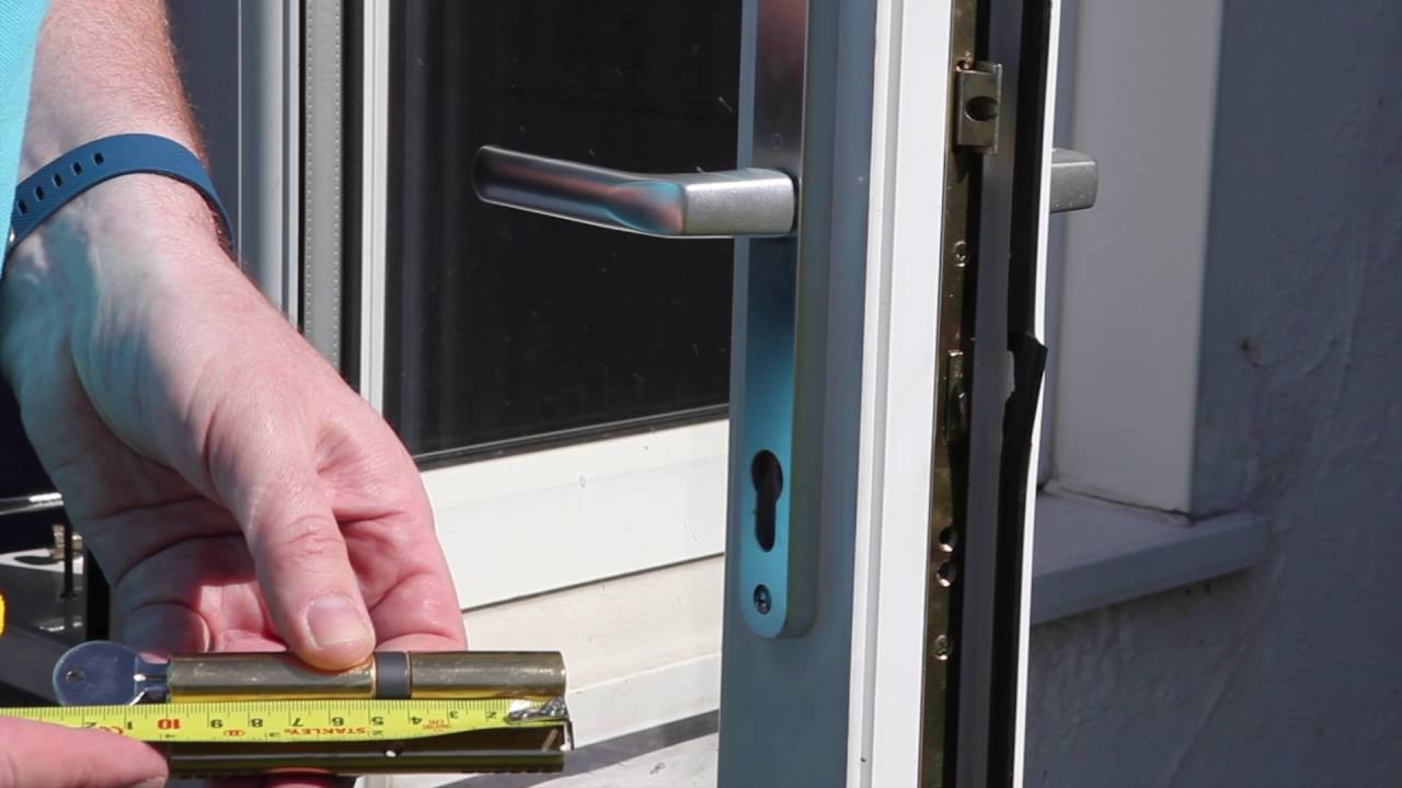 Changing A Eurocylinder Lock On A Upvc Door Youtube