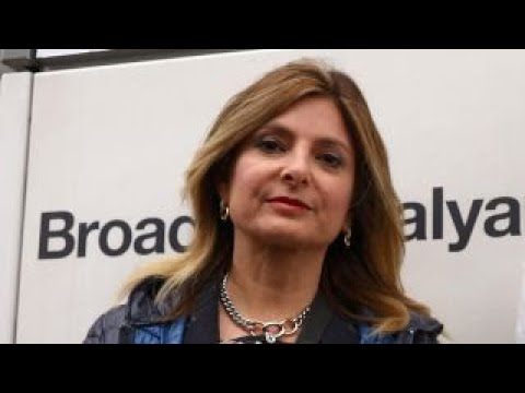 Download Youtube: Report: Attorney Lisa Bloom sought cash for Trump accusers