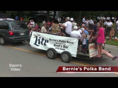 Pulaski Parade Sampler - 2016 - Pulaski Wisconsin