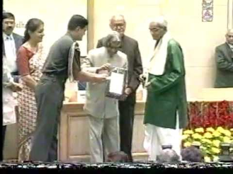 Pt.Brij Bhushan Kabra,legend of Indian Classical Music,receiving Sangeet Natak Akademi Award 2005.