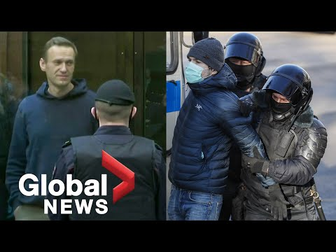 Navalny handed 3.5-year jail sentence as police detain supporters outside Moscow court