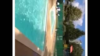 Reverse cam pool jump