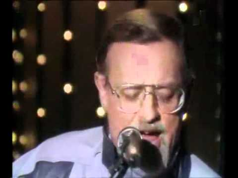 Roger Whittaker - Albany 1982   - YouTube.flv