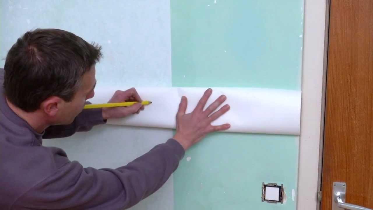Behangen met vliesbehang stap voor stap uitgelegd doe for Gipsplaten behangen met vliesbehang