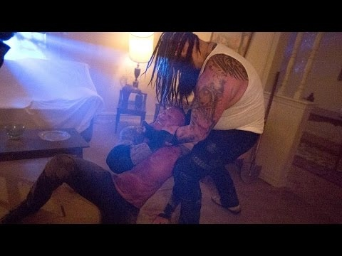 Payback 2017 — FULL  — Bray Wyatt challenges Randy Orton in the Horrors Match