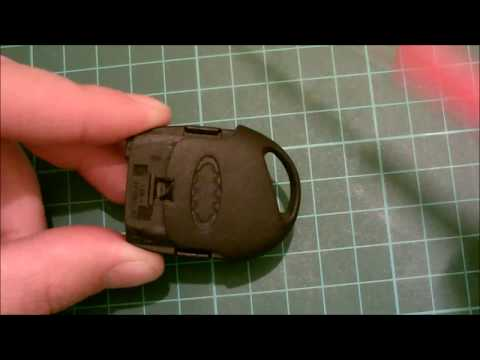 How To Do a Ford Key Fob Battery Change Mondeo Focus Fi ...