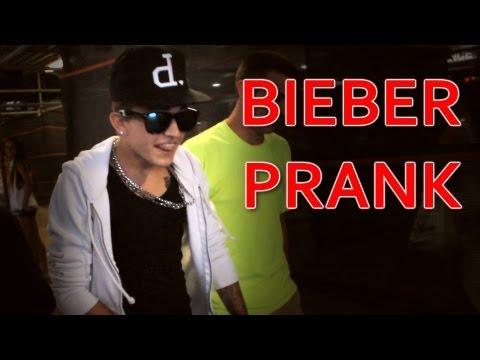 Justin Bieber Look-Alike Prank - Three Amigos Comedy