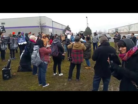 Rally at Batavia Detention Center to Support Immigrant Women
