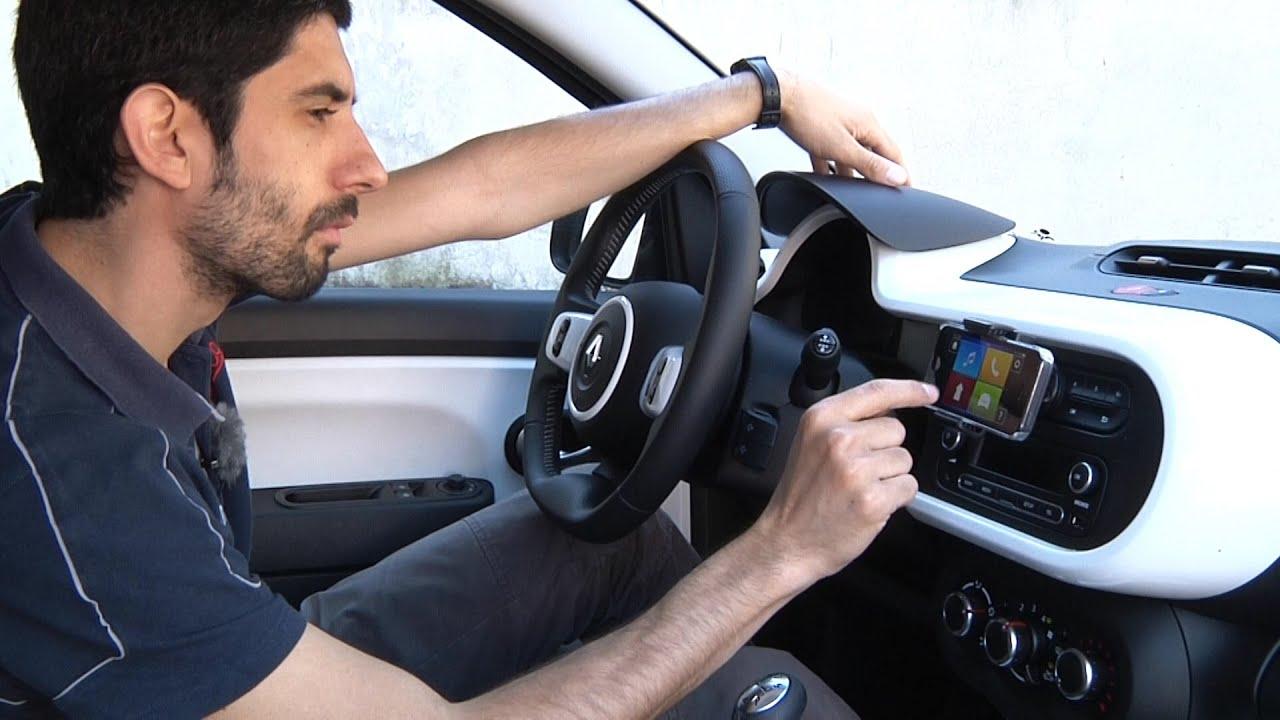 """Renault Twingo, il """"porta-smartphone"""" provato dai giovani ..."""
