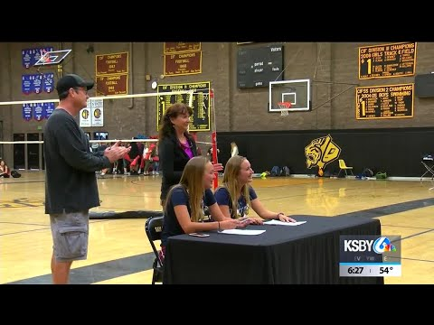 Alexis and Eliza Lewis sign Letters of Intent to Cal State Monterey Bay