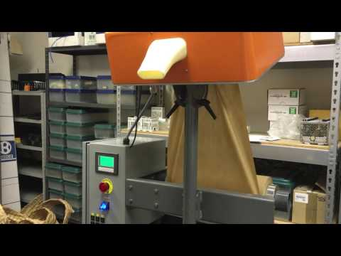 Papercraft Paper Dunnage with Automatic Cut
