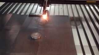 Лазерная резка паронитовых прокладок(лазерная резка паронита на высоких скоростях с высокой точностью и возможностью раскроя в 2 слоя на лазерно..., 2015-04-06T07:12:27.000Z)