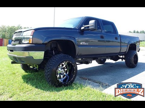 FULLY SERVICED,  6.6L LLY SERIES DURAMAX DIESEL - THIS IS ONE CLEAN, GORGEOUS TRUCK!