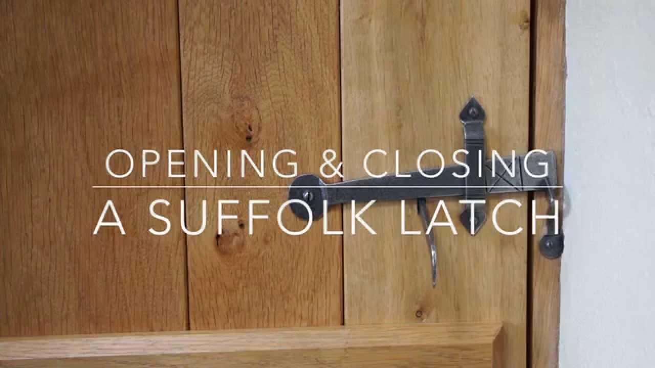 Opening Closing A Suffolk Latch