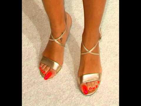 Rihanna feet long toenails 4