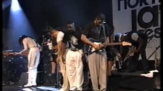 "Earth Wind & Fire: ""Shining Star"" / ""Devotion"" (North Sea Jazz 1997)"