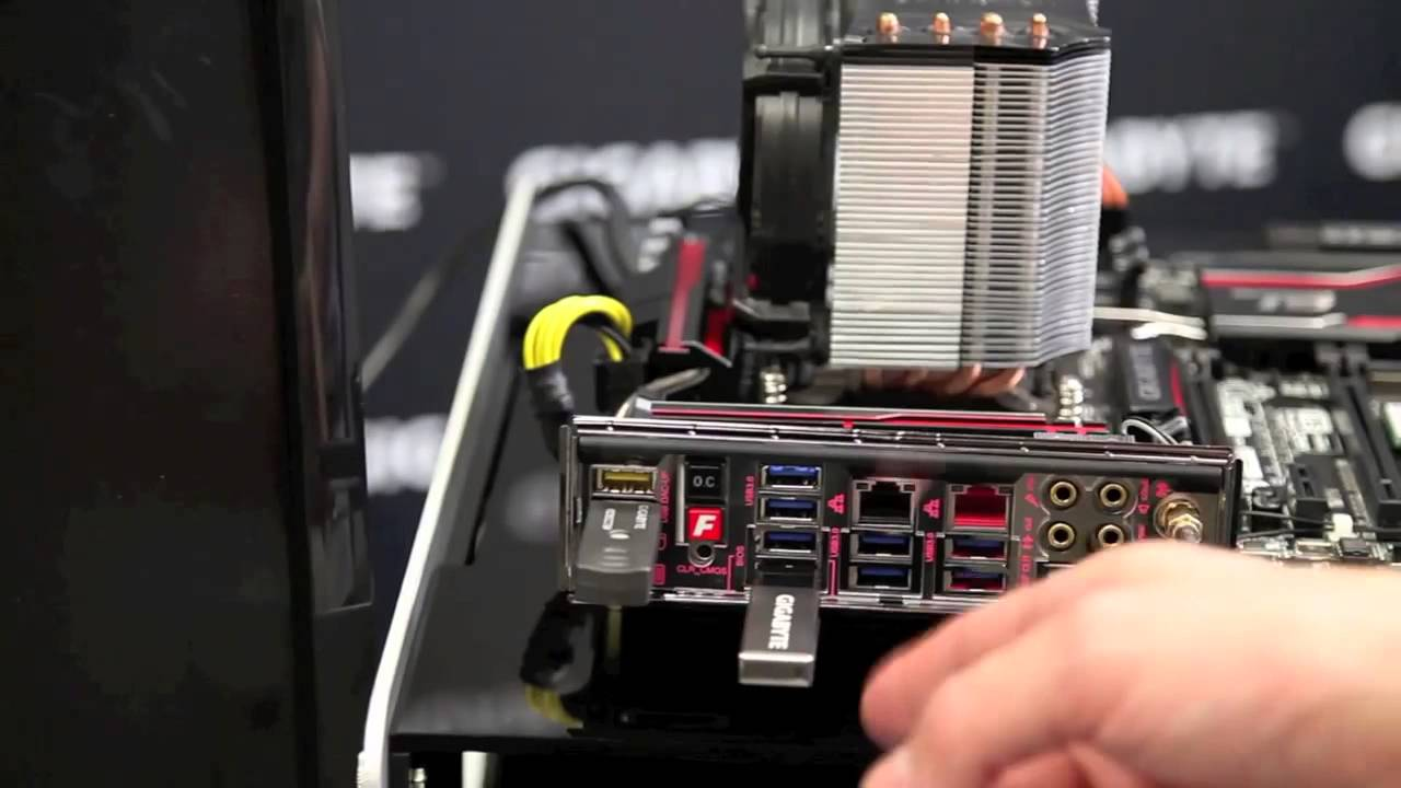 Q Flash Plus on GIGABYTE X99 Series Motherboards