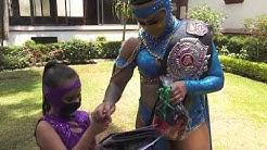 Lady Shani SORPRENDE a una FAN   Lucha Libre AAA Worldwide