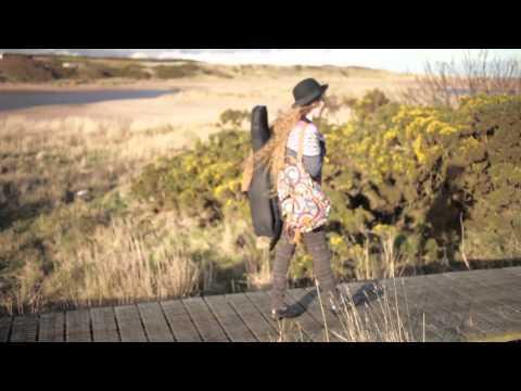Lizabett Russo - The Traveller's Song (Official Video)