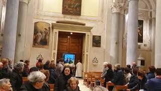 La partenza dei pellegrini verso il santuario dell'Incoronata di Foggia