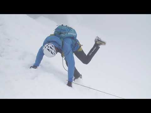 Arc'teryx Alpine Academy - Hauling someone from a crevasse