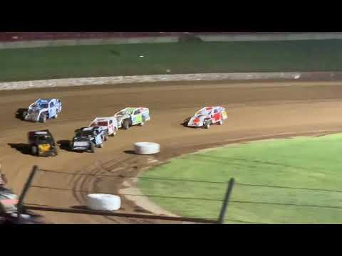 Lucas Oil Speedway B main
