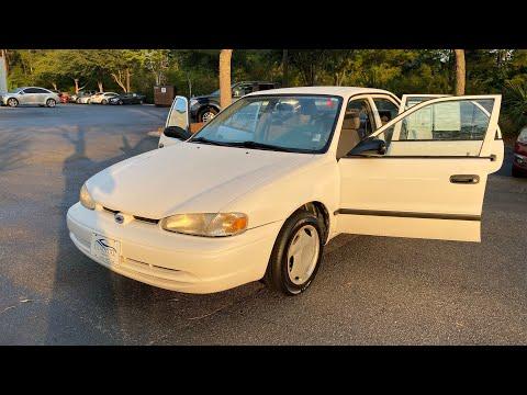 N2013A 2001 Chevrolet Prizm