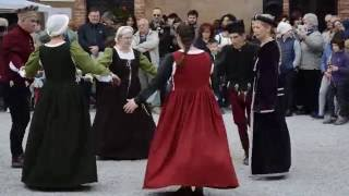 JENNY PLUCK PEARS - CASTELLO DI MARNE