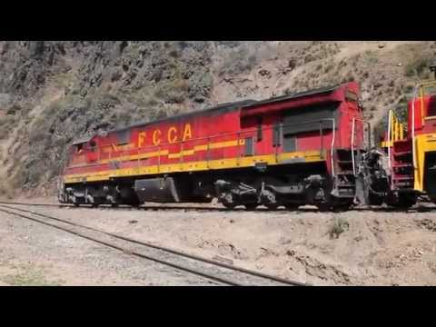 FCCA Ferrocarril Central de Peru Shoving Up a Switchback 1007 1009