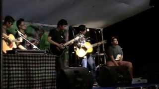 Istana Dan Pasir - Melajoe live at Puri Retno Anyer 23 Aug 2014
