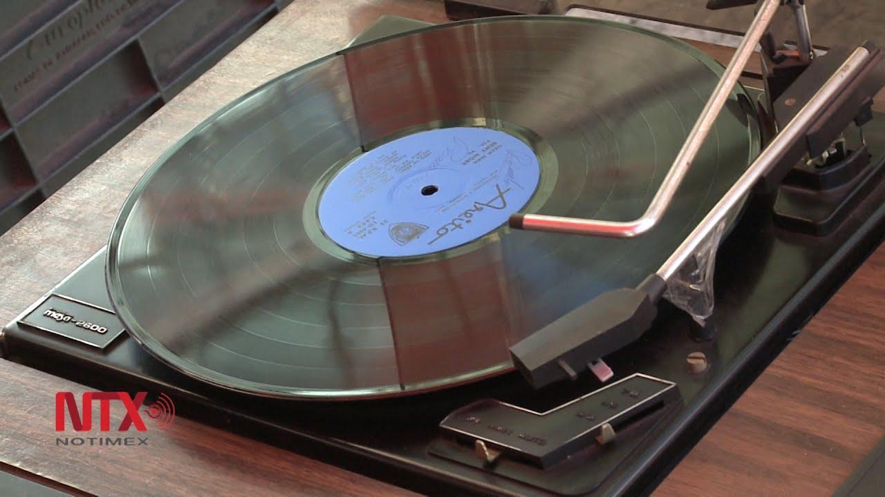 Los discos de vinilo volvieron para quedarse - YouTube