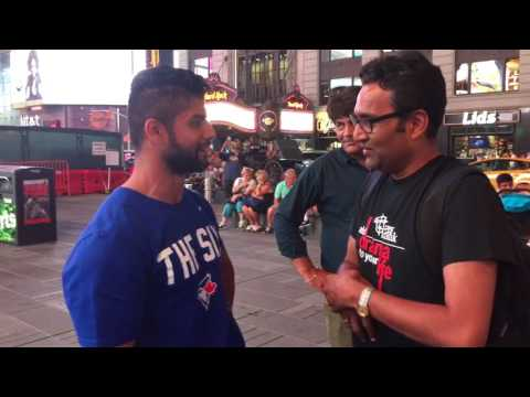 राजीव नेमा इंदौरी meets fans from Canada and Australia in Times Square New York