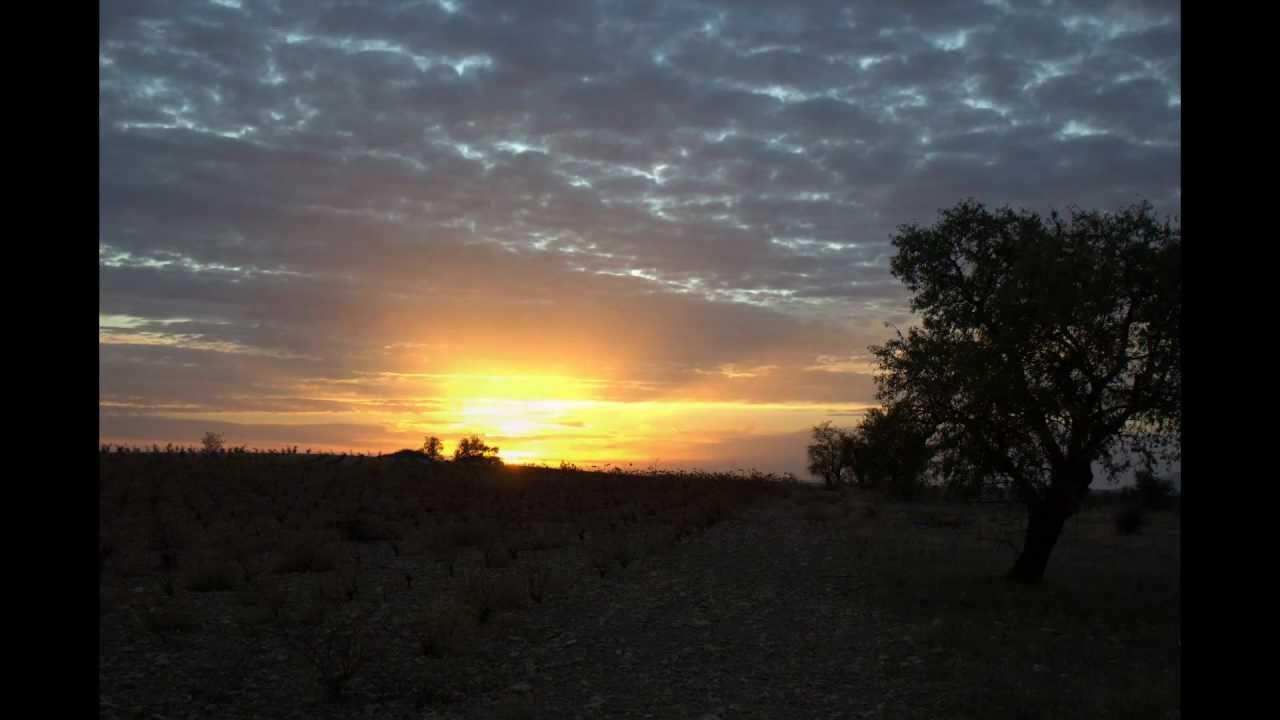 Salida y puesta de sol youtube for Centro turistico puesta del sol