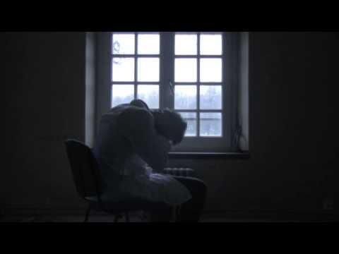 Derrière le miroir (Court-métrage)