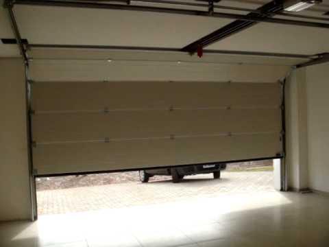 hormann porta seccional lpu 40 doovi. Black Bedroom Furniture Sets. Home Design Ideas