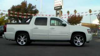 "2007 Chevrolet Avalanche LTZ DVD NAVI Moon Roof 22"" Summit White - Richard"